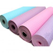 Яркий коврик для йоги