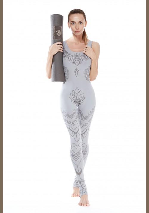 Фирменная одежда для йоги