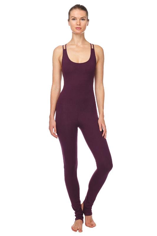 Купить одежду для йоги и пилатеса